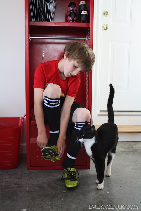 kids' red locker bench seat