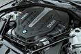 2013-BMW-7-Series-47
