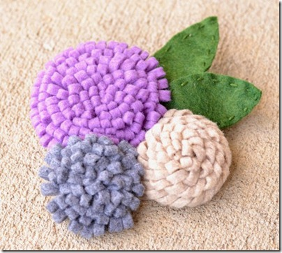 how-to-make-felt-flowers-35_thumb
