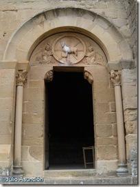 Portada de San Bartolomé - Aguilar de Codés
