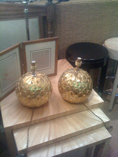 I'm not sure if I would be able to fit these gold lamps into my decor, but they are certainly gorgeous.