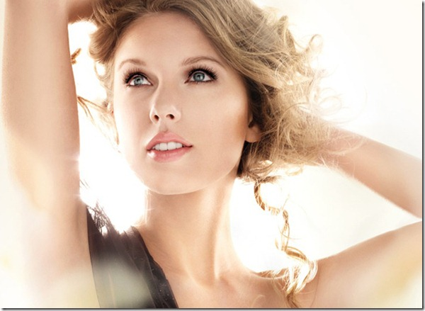 Taylor_Swift_pulled_covergirl_ad