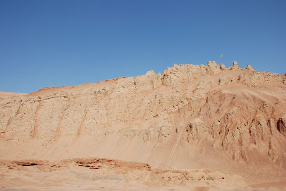 Flaming mountains - Montagnes 1