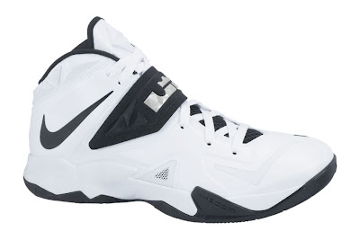 nike zoom soldier 7 tb white black 1 01 Team Bank Options For Nike Zoom Soldier VII Available at NDC