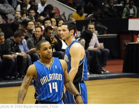 'J.J. Redick/Jameer Nelson' photo (c) 2009, Bryan Horowitz - license: http://creativecommons.org/licenses/by-sa/2.0/