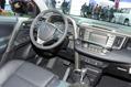 2013-Toyota-RAV4-a33
