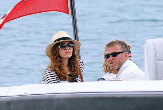 Роман Абрамович и Даша Жукова на отдыхе в Сен-Тропе