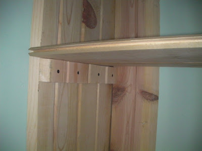The shelf bracket is cut to match the 45 of the upright as it's taller then the shelf nosing will be.