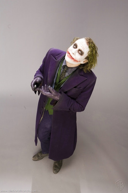 joker-heath-ledger-promocionais-batman-desbaratinando (1)