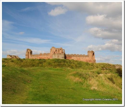 tantaallon castle1
