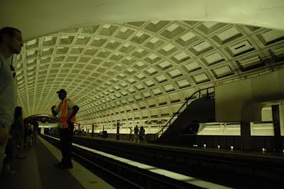 Smithsonian Metro駅