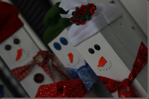 DIY wooden snowmen