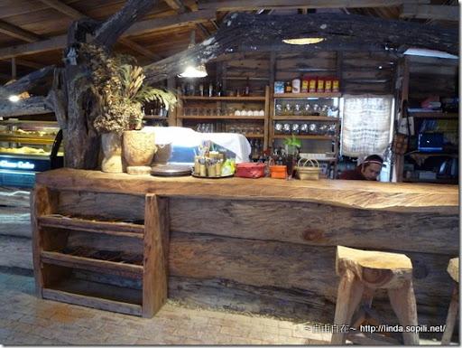司馬庫斯-day2-咖啡店櫃台