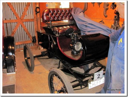 1902 single cylinder Oldsmobile.