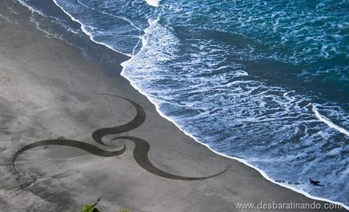 desenhando na areia desbaratinando  (36)
