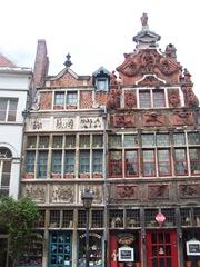 2009.08.02-043 maisons anciennes quai de la grue