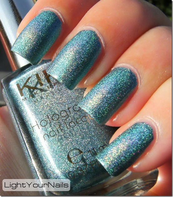 Kiko holographic #401 Peacock Green (Lavish Oriental LE)