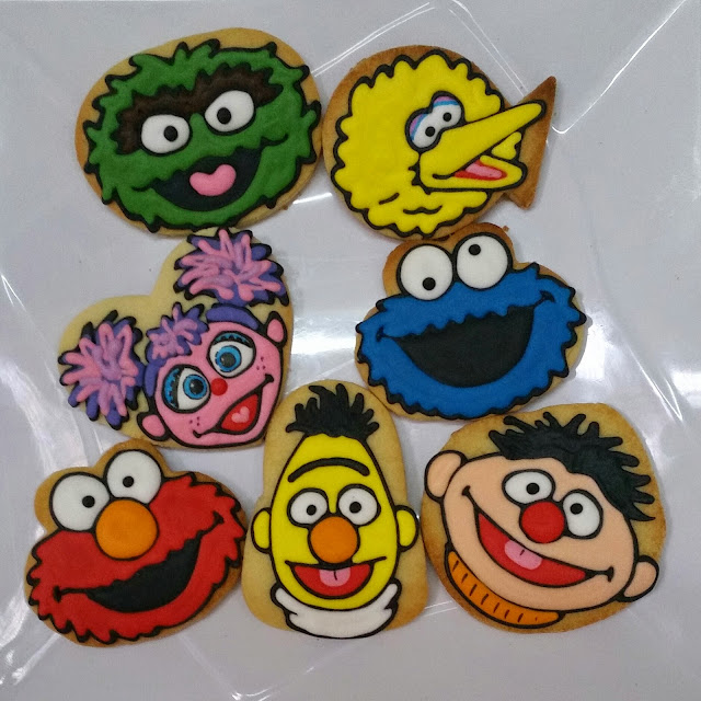 cookies monster, elmo, big bird, abby, oscar, bert, ernie
