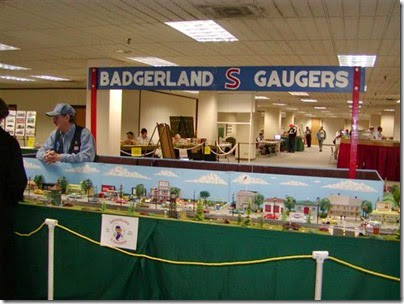 tt040057 Badgerland S-Gaugers at TrainTime 2004
