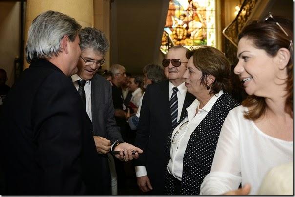 Governadora participa do velório de Eduardo Campos - Elisa Elsie (7)
