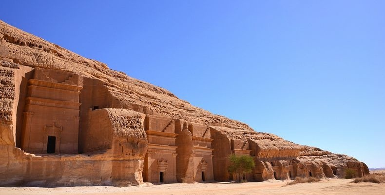 madain-saleh-12