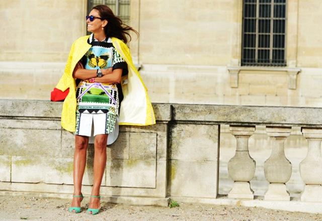 viviana-volpicella-street-style-tommy-ton-yellow-coat