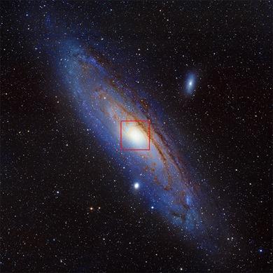 galáxia M31 e região demarcada