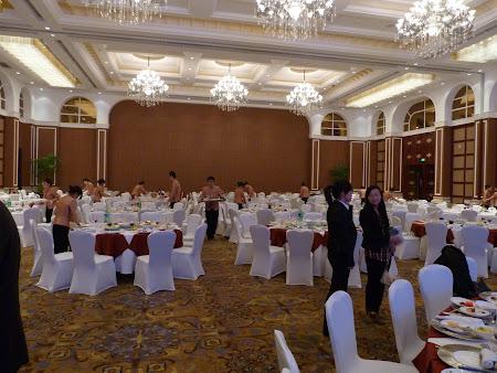 Go China Summit - banchet guvernamental: Au fugit mesenii