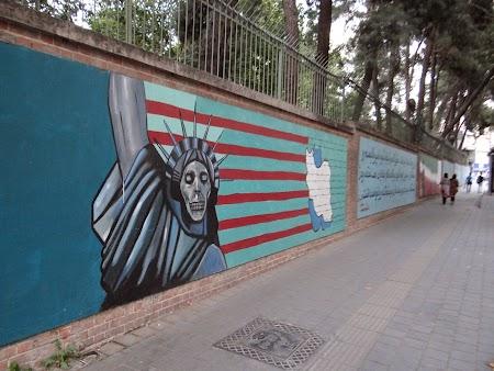 17. Ambasada SUA in Teheran.JPG