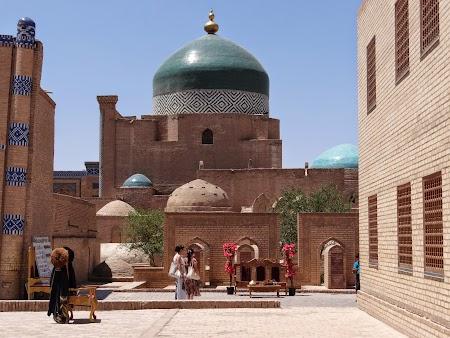 27. Moschee din Khiva.JPG