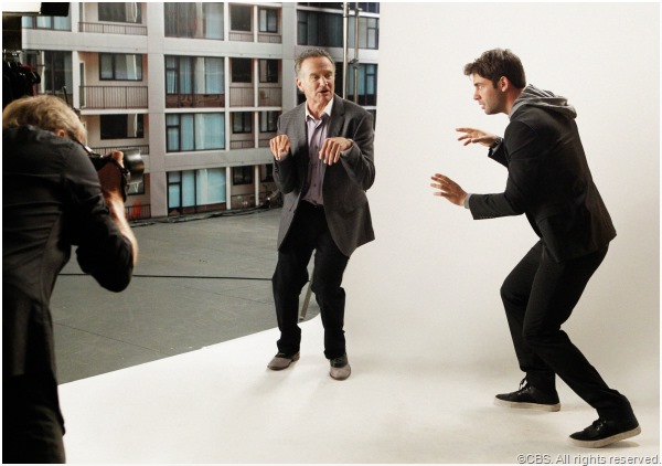 Robin Williams and James Wolk in THE CRAZY ONES.
