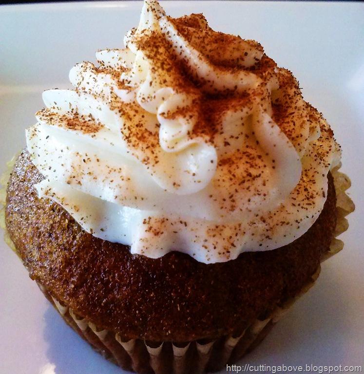 [MaggieLamarre-pumpkinspice-cupcake1%255B5%255D.jpg]