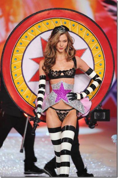 victorias-secrets-models-2012-15