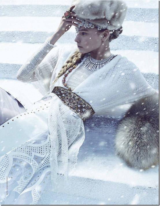 tatler-rus-dec2011-1
