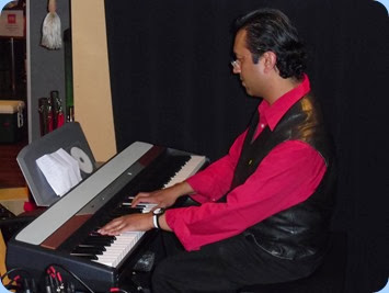 Consumate professional, Ben Fernandez, gave a thirty minute piano solo recital for us including music from his new Christmas CD which was exclusively launched at our Christmas Party!