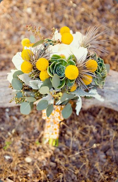 Katie & Wes bouquet flowersbydenise.blogspot.