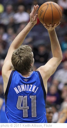 'Dirk Nowitzki' photo (c) 2011, Keith Allison - license: http://creativecommons.org/licenses/by-sa/2.0/