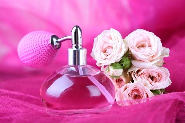 perfume e rosas