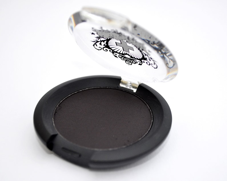 sugarpill bulletproof eyeshadow review matte black 2