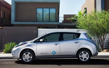 2012-Nissan-Leaf-1