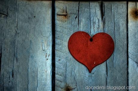 heart on door