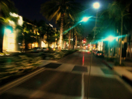 Imagini Los Angeles: Rodeo Drive mai spre noapte