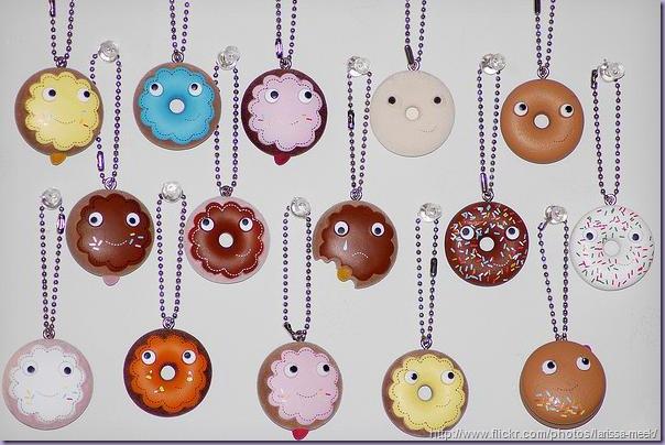 Yummi-Keychain-Donuts