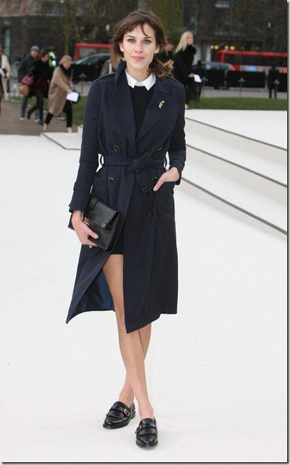 Alexa Chung Celebrities Arrive Burberry Fashion k7mrYRTagbrl