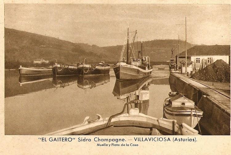 El Gaitero. Muelle y flota de la casa. Foto de la web Biblioteca Digital Maliaya.jpg