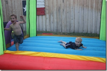bouncy house 112