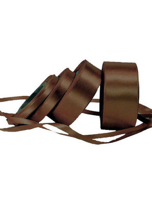 Top off your take-home leftovers' box with a silky elegant ribbon (This brown ribbon is from Kate's Paperie).