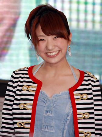 微笑む松村未央
