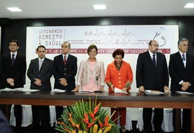 Governadore participa do Seminrio Direito  Sade  - Elisa Elsie (1)