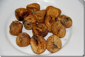 Shokoladovi bonboni s smokini i orehi_5909